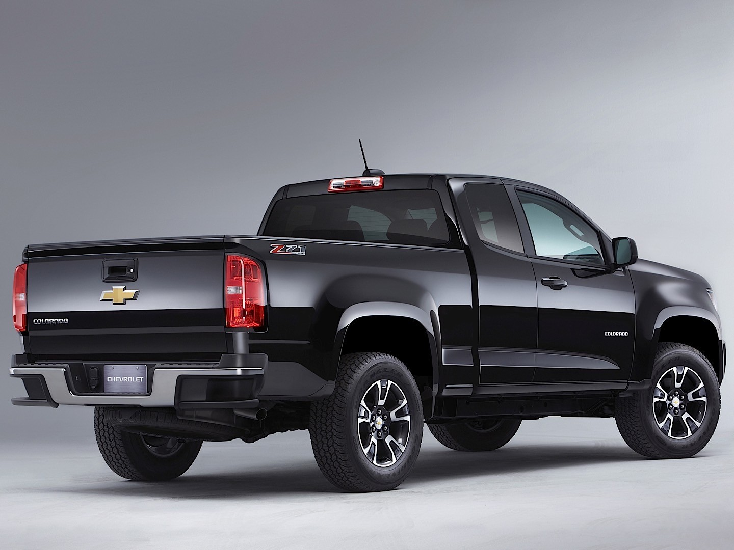 CHEVROLET Colorado Extended Cab specs & photos - 2015 ...