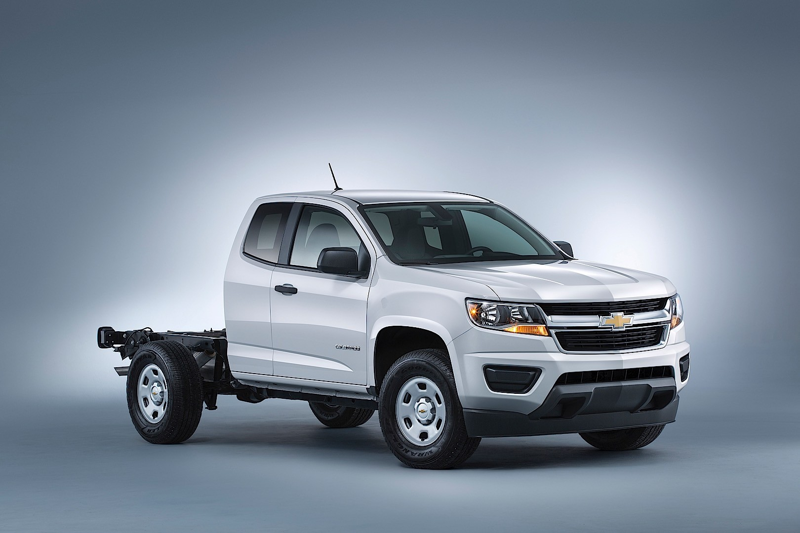 chevrolet colorado extended cab specs 2015 2016 2017 2018 autoevolution. Black Bedroom Furniture Sets. Home Design Ideas
