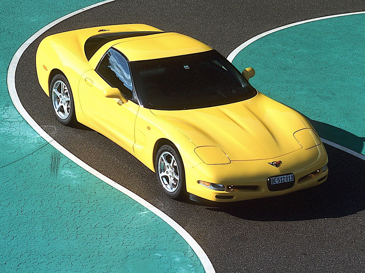 Chevrolet Corvette C5 Coupe Specs Amp Photos 1997 1998