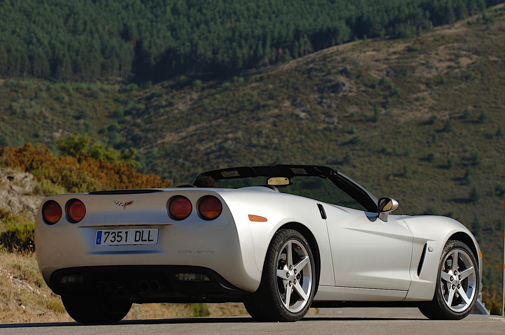 Chevrolet Corvette C6 Convertible Specs Amp Photos 2004