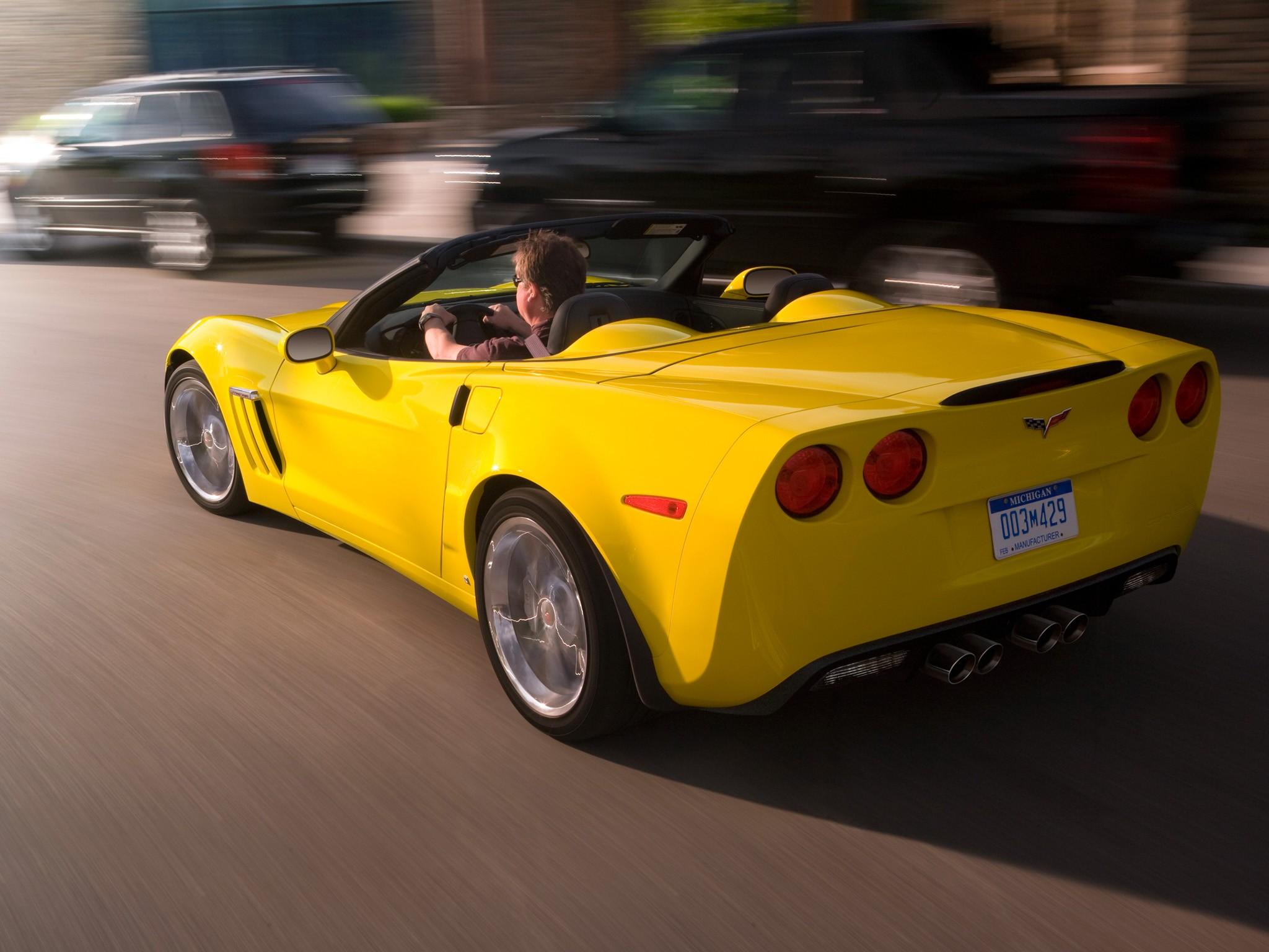 chevrolet corvette convertible grand sport 2009 2010 2011 2012 2013 autoevolution. Black Bedroom Furniture Sets. Home Design Ideas