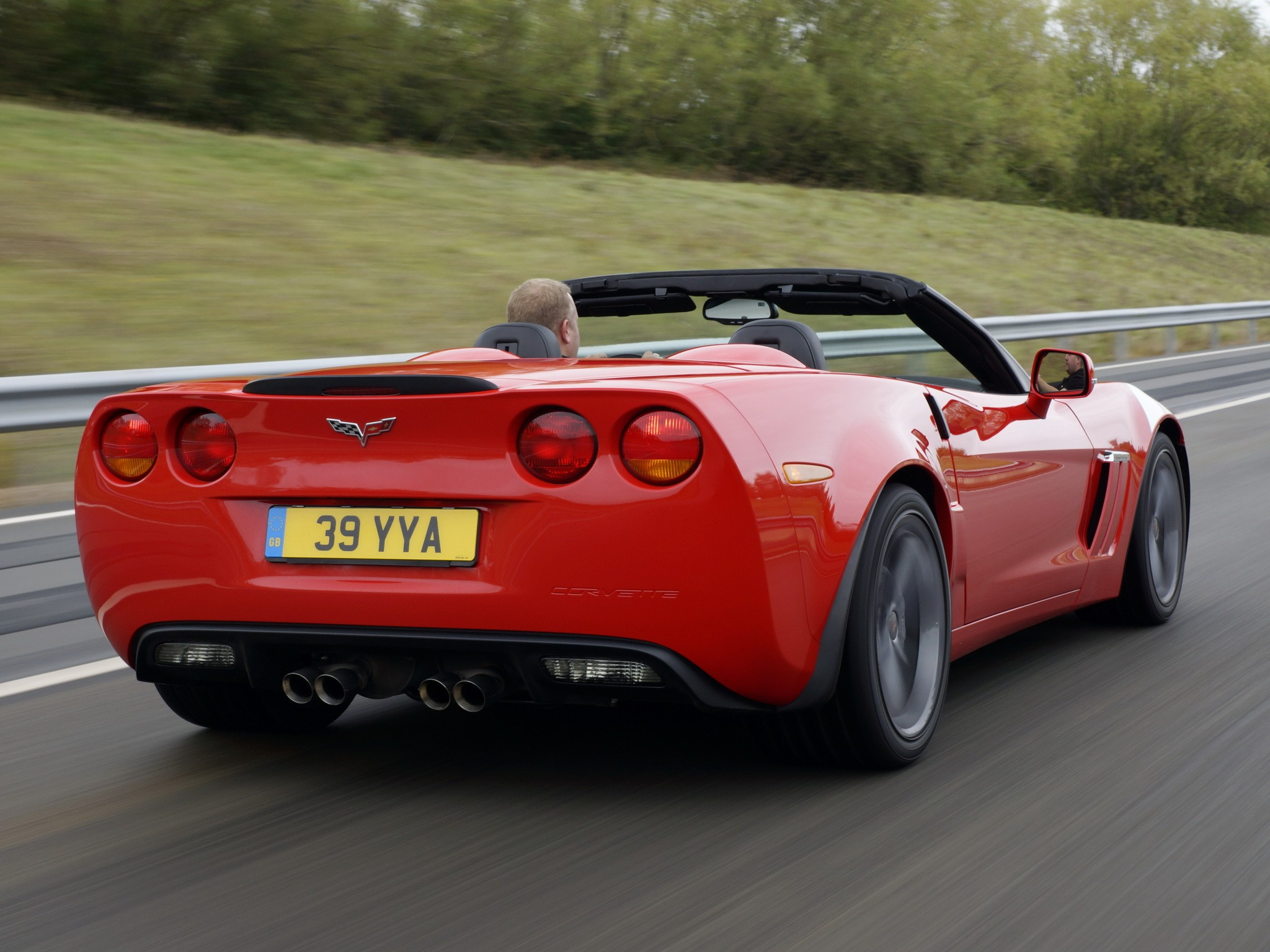 CHEVROLET Corvette Convertible Grand Sport specs & photos ...