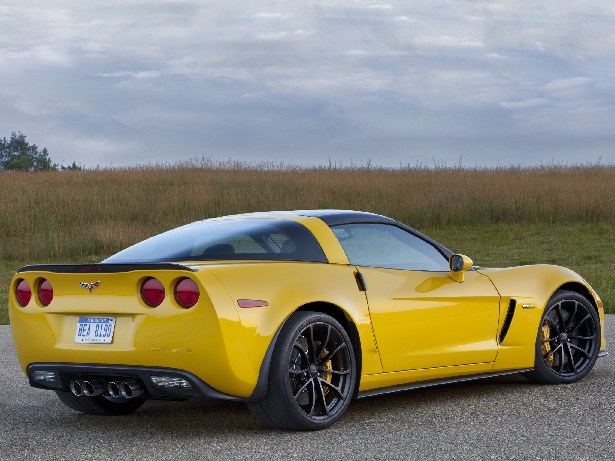 CHEVROLET Corvette Z06 specs & photos - 2008, 2009, 2010 ...