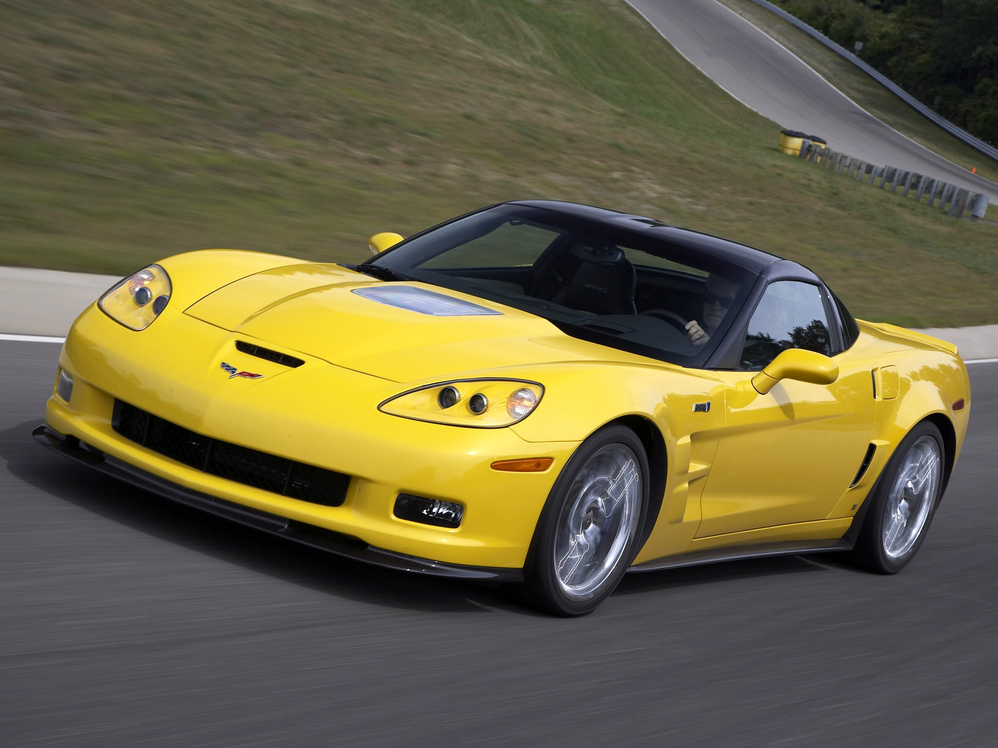 chevrolet corvette zr1 specs photos 2008 2009 2010. Black Bedroom Furniture Sets. Home Design Ideas