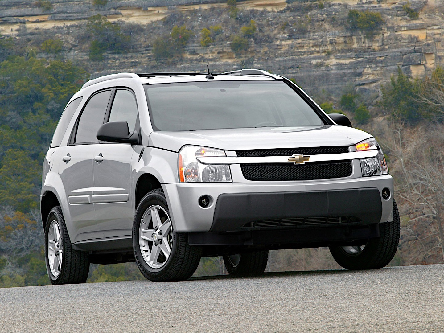 CHEVROLET Equinox specs & photos - 2004, 2005, 2006, 2007 ...
