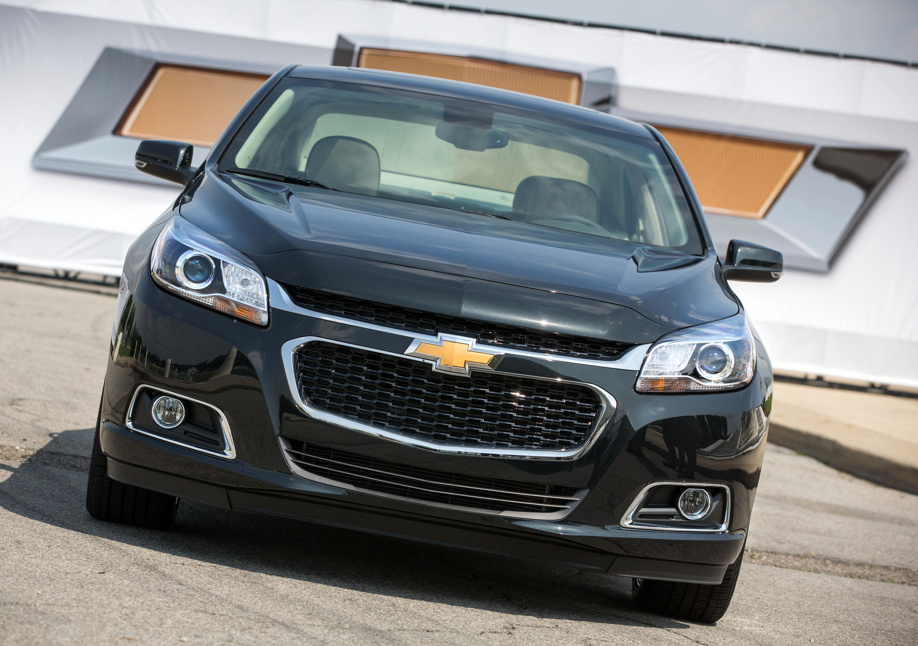 malibu review photos and chevrolet