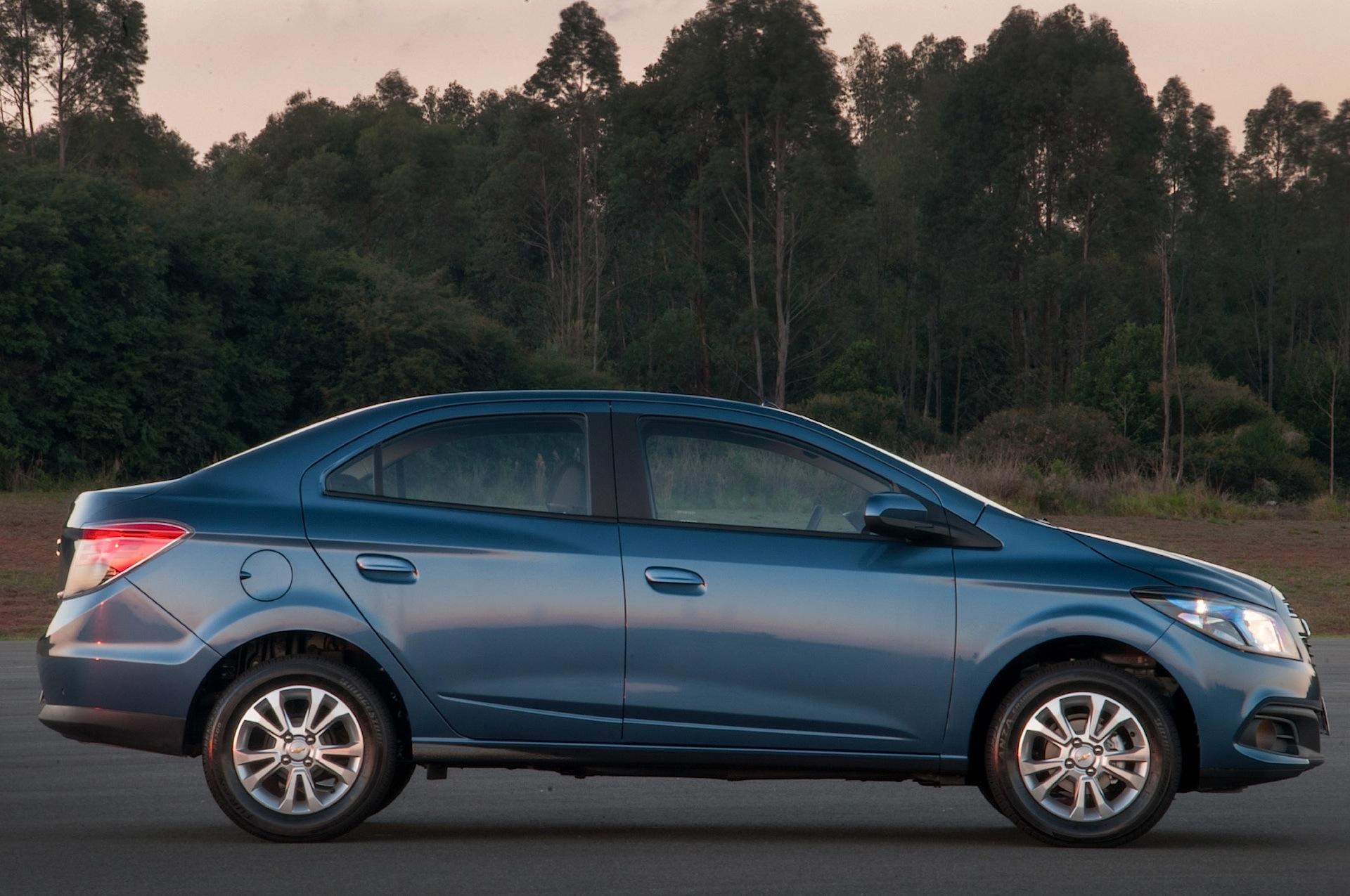 Chevrolet Prisma Specs - 2013  2014  2015  2016  2017  2018