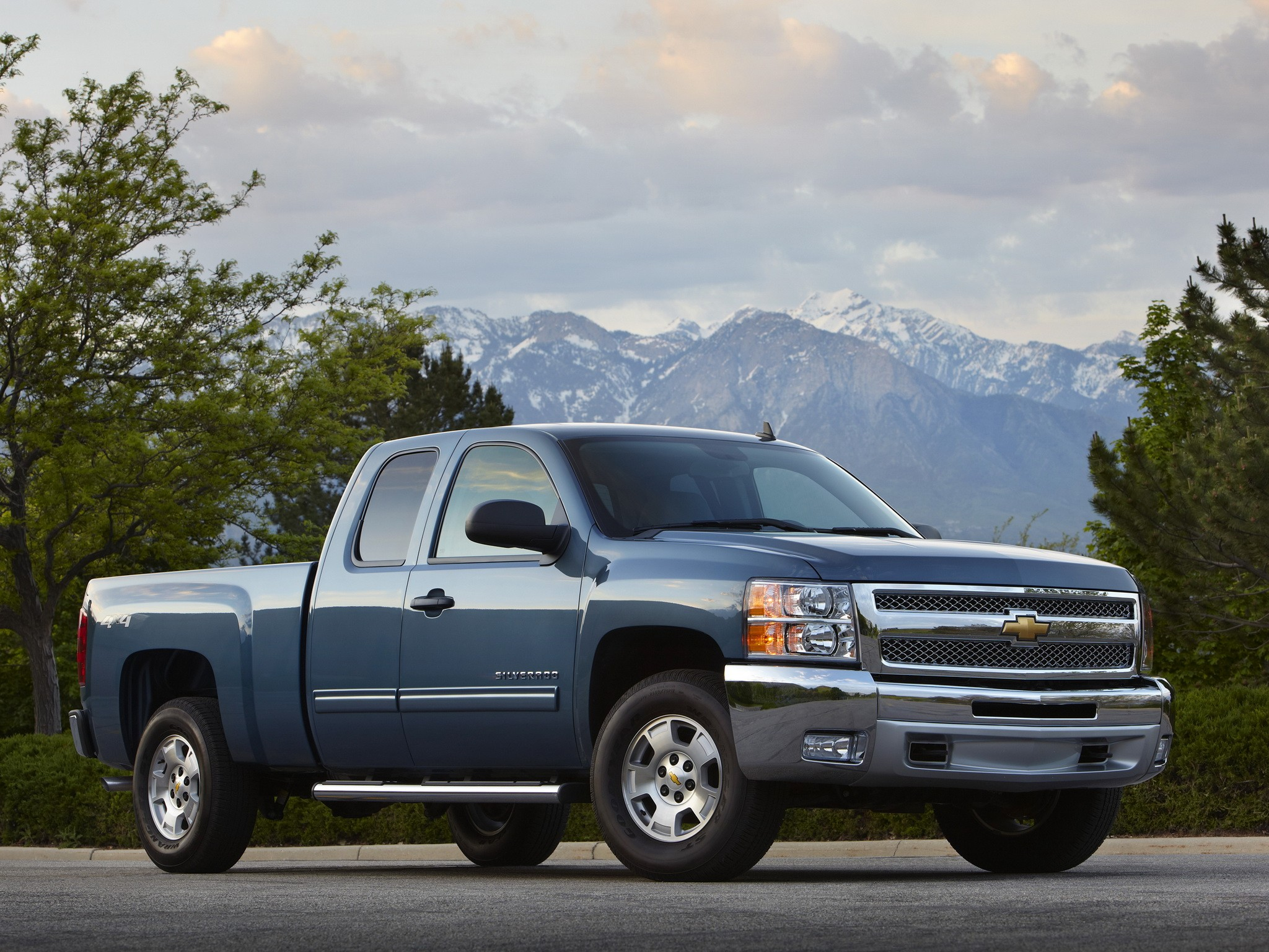 chevrolet silverado 1500 extended cab specs photos 2008 2009 2010 2011 2012 autoevolution. Black Bedroom Furniture Sets. Home Design Ideas