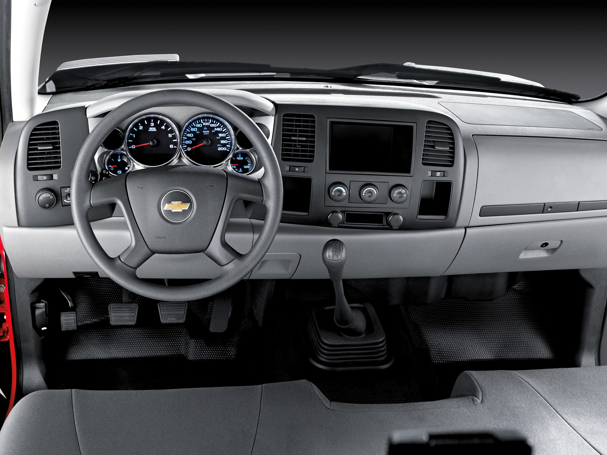 CHEVROLET Silverado 3500HD Regular Cab specs & photos ...