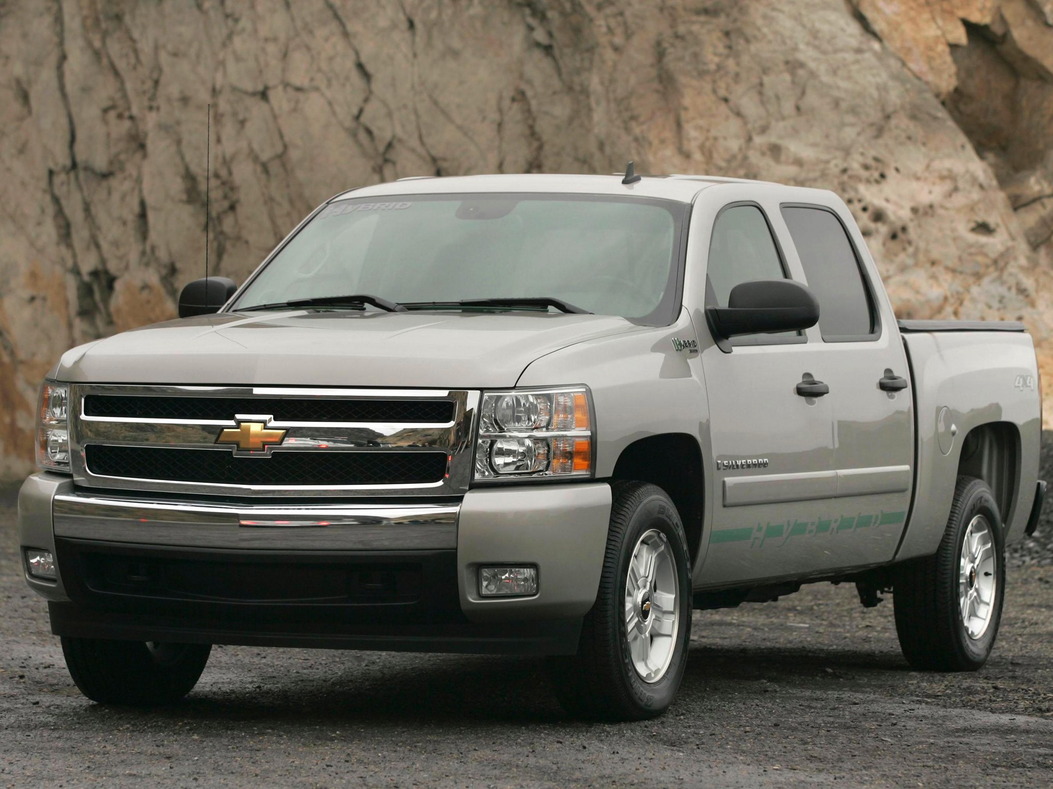 chevrolet silverado hybrid specs 2008 2009 2010 2011 2012 2013 autoevolution. Black Bedroom Furniture Sets. Home Design Ideas