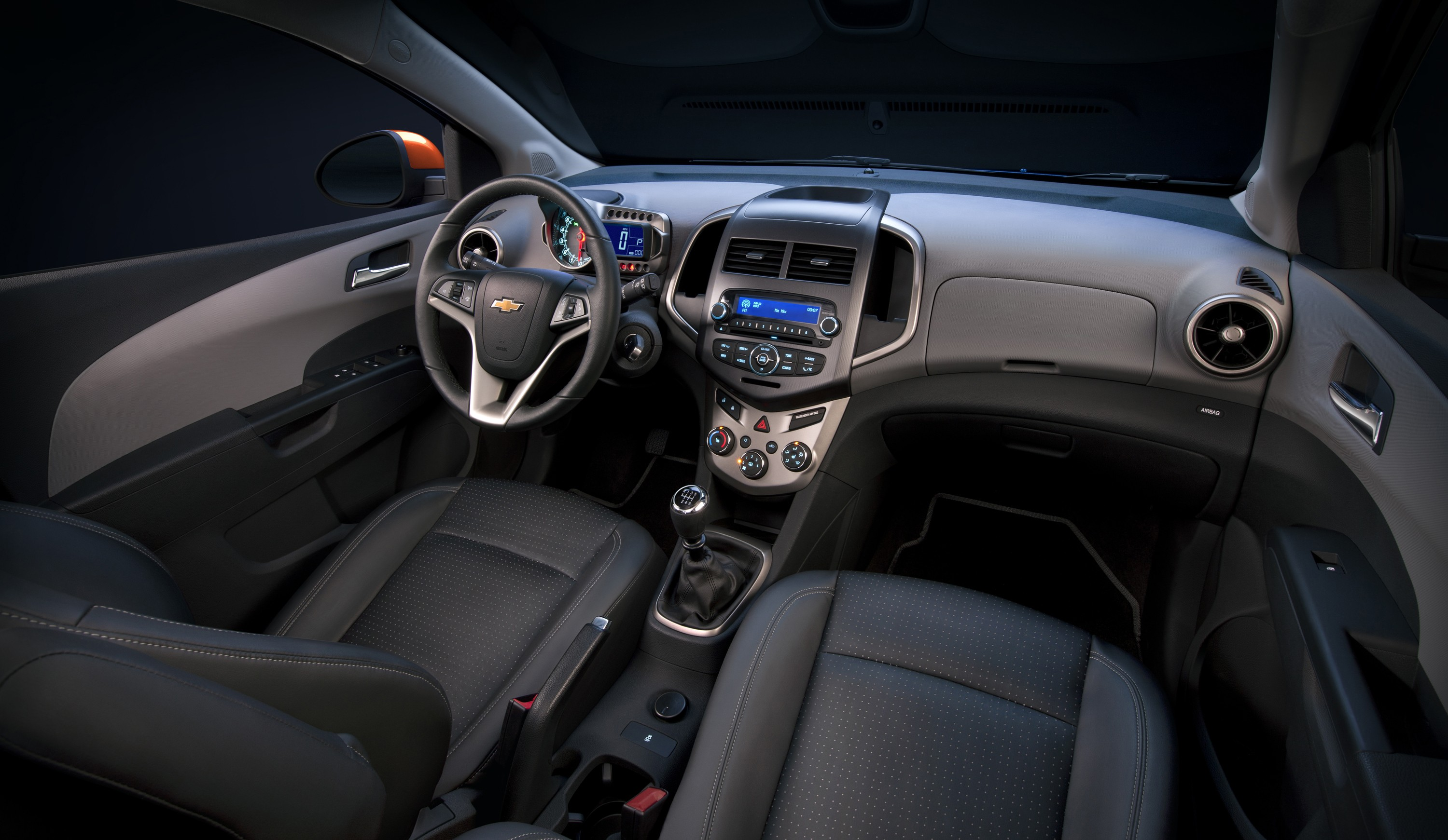 Chevrolet Aveo 2016 >> CHEVROLET Sonic Sedan specs & photos - 2011, 2012, 2013, 2014, 2015, 2016, 2017, 2018, 2019 ...