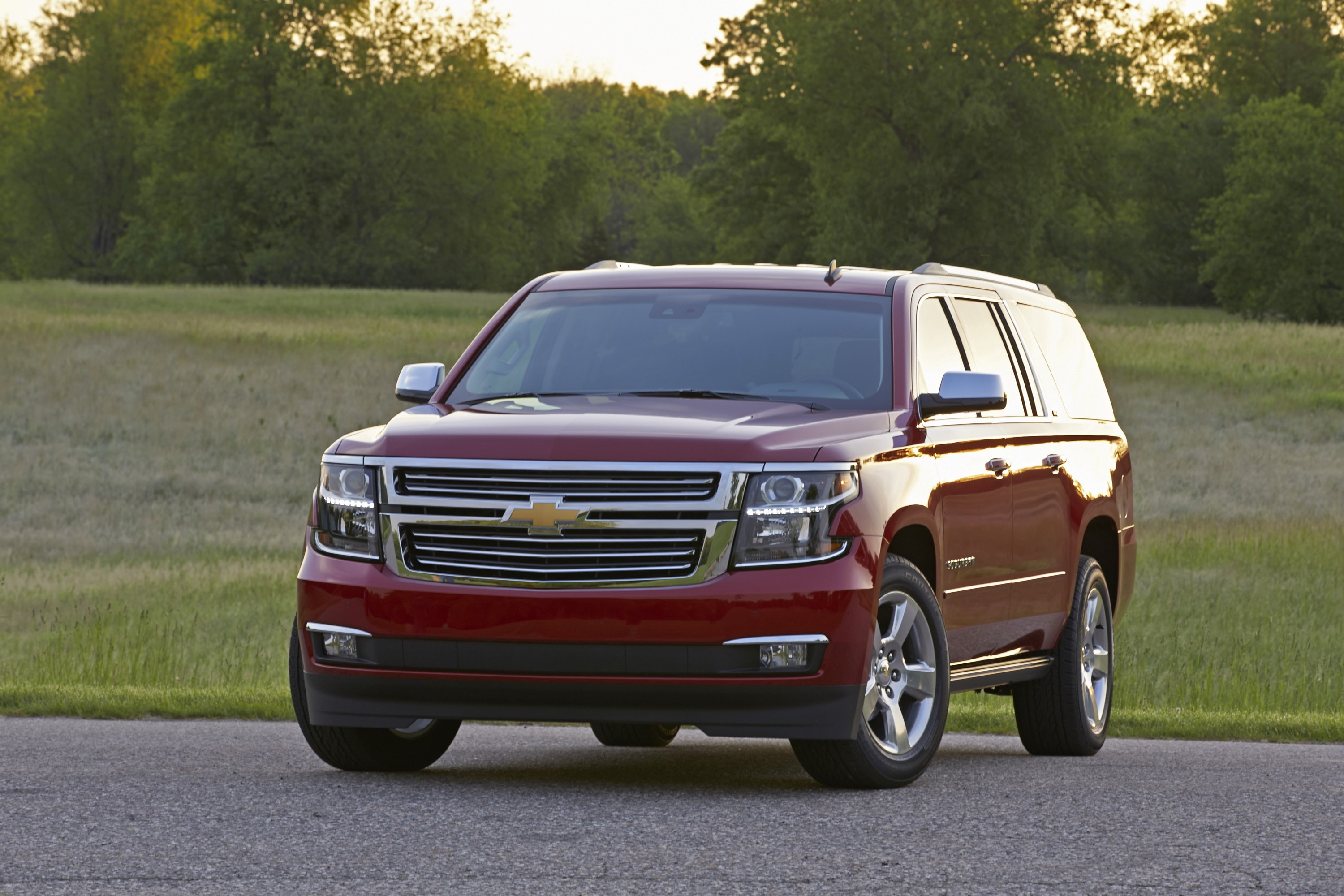 Chevrolet Suburban Specs Amp Photos 2014 2015 2016 2017