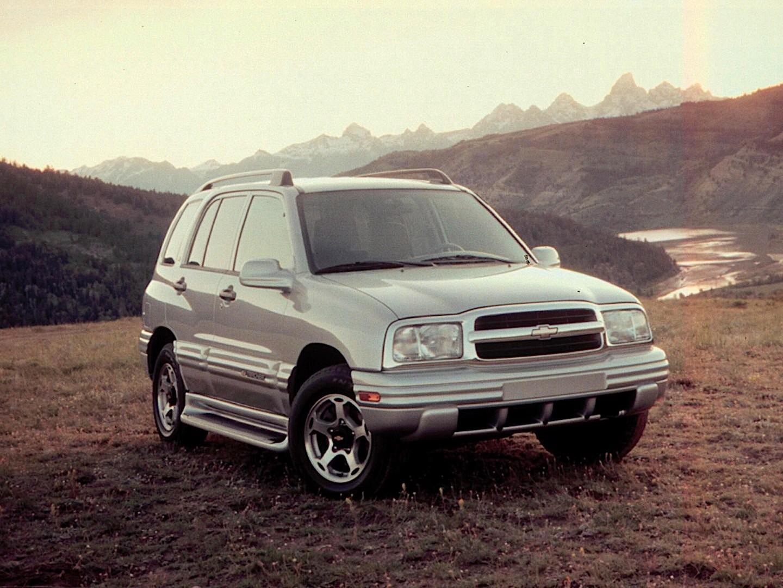 CHEVROLET Tracker specs & photos - 1999, 2000, 2001, 2002, 2003, 2004 - autoevolution