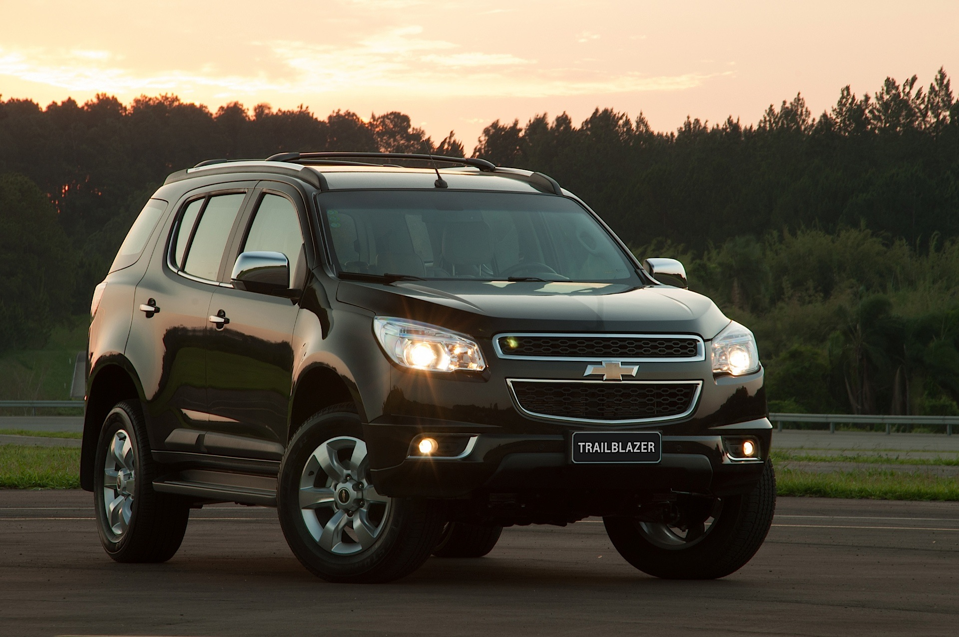 Chevrolet Trailblazer 2012 2013 2014 2015 2016 2017 Autoevolution