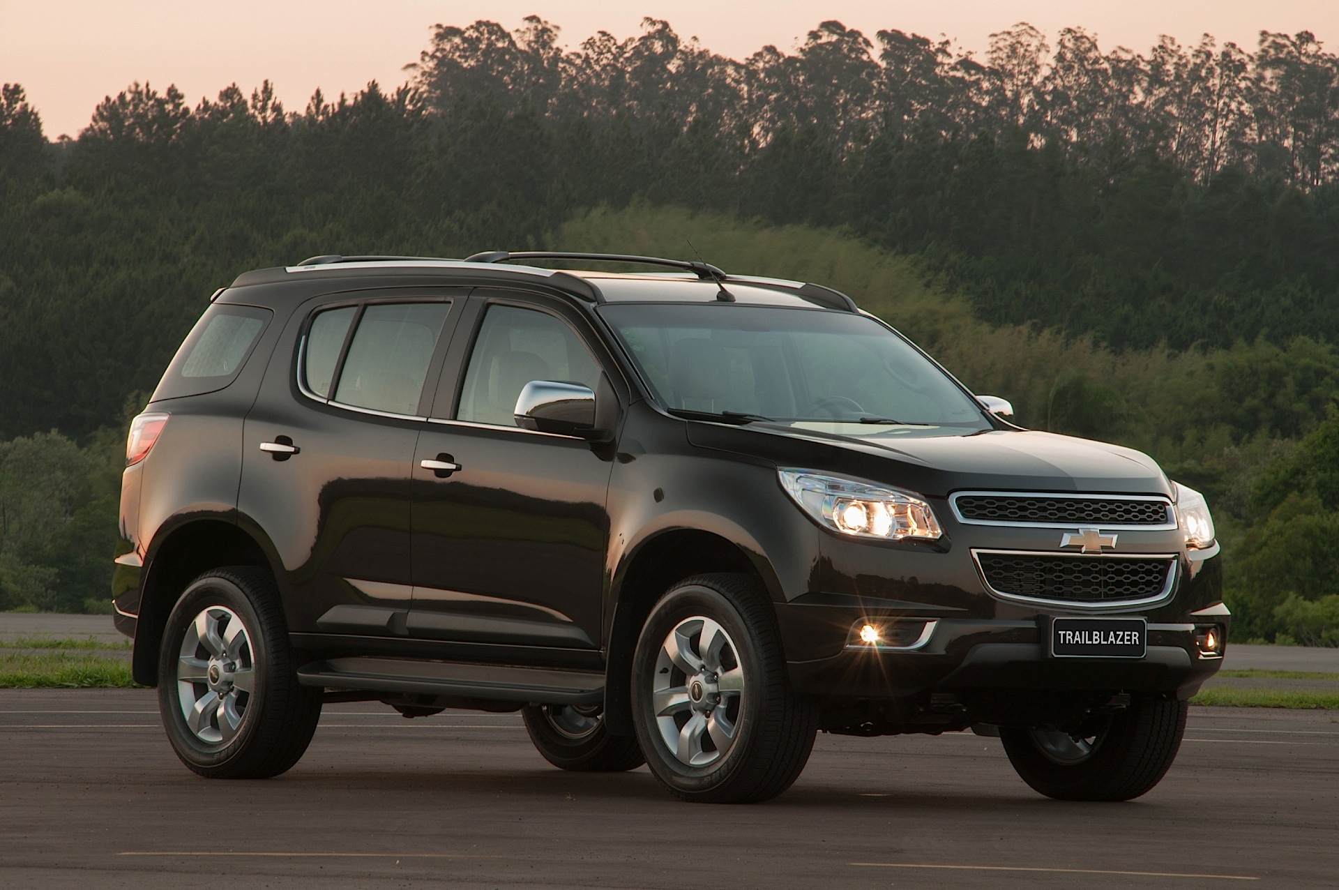 chevrolet trailblazer specs - 2012  2013  2014  2015  2016  2017  2018