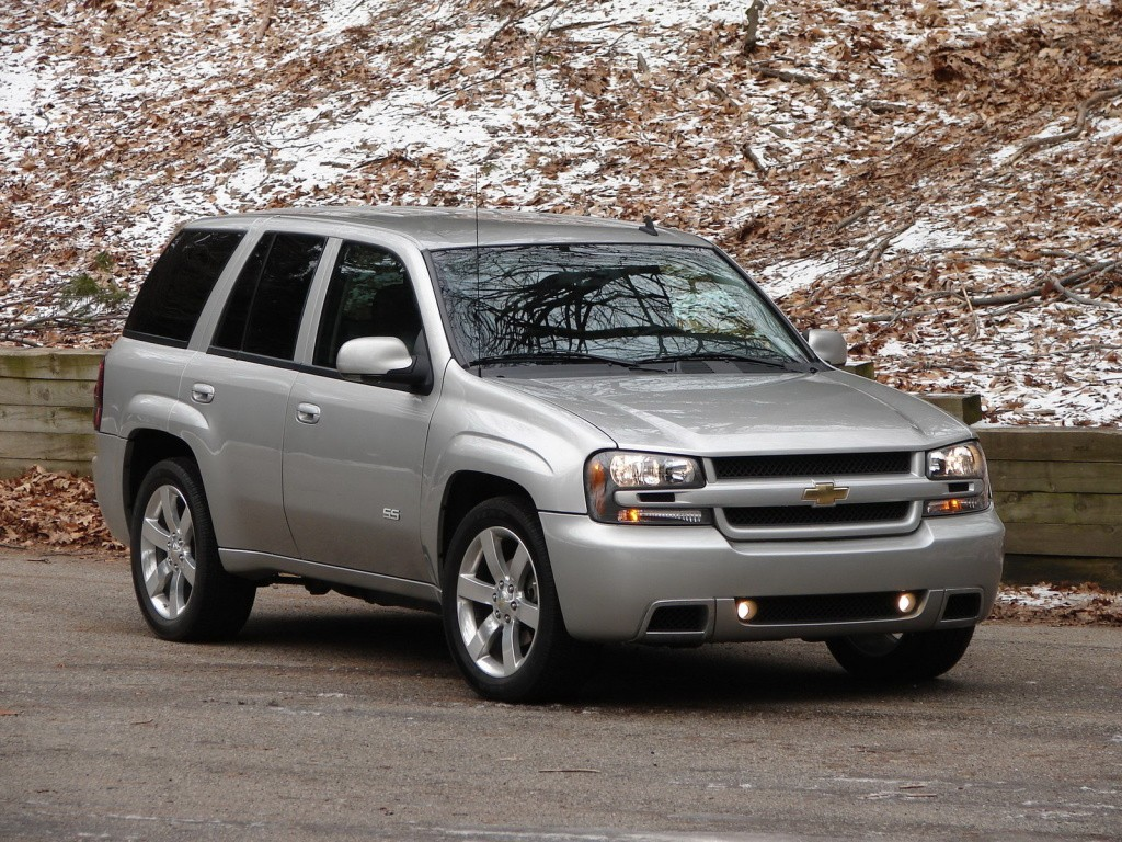 Chevrolet Trailblazer Ss Specs Amp Photos 2005 2006 2007