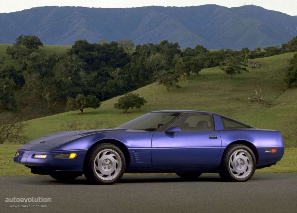 YXJwLWJvbHQtdG9ycXVlLXNwZWMtY2hhcnQ besides 2019 Chevrolet Corvette C8 To Share Volt Powertrain besides File 92 Corvette ZR1 in addition Chevy 3 9 Engine Sensor Location Diagram together with 9vdhm Fuel Reset Switch 1997 Fleetwood Bounder. on 1994 lt1 engine specs