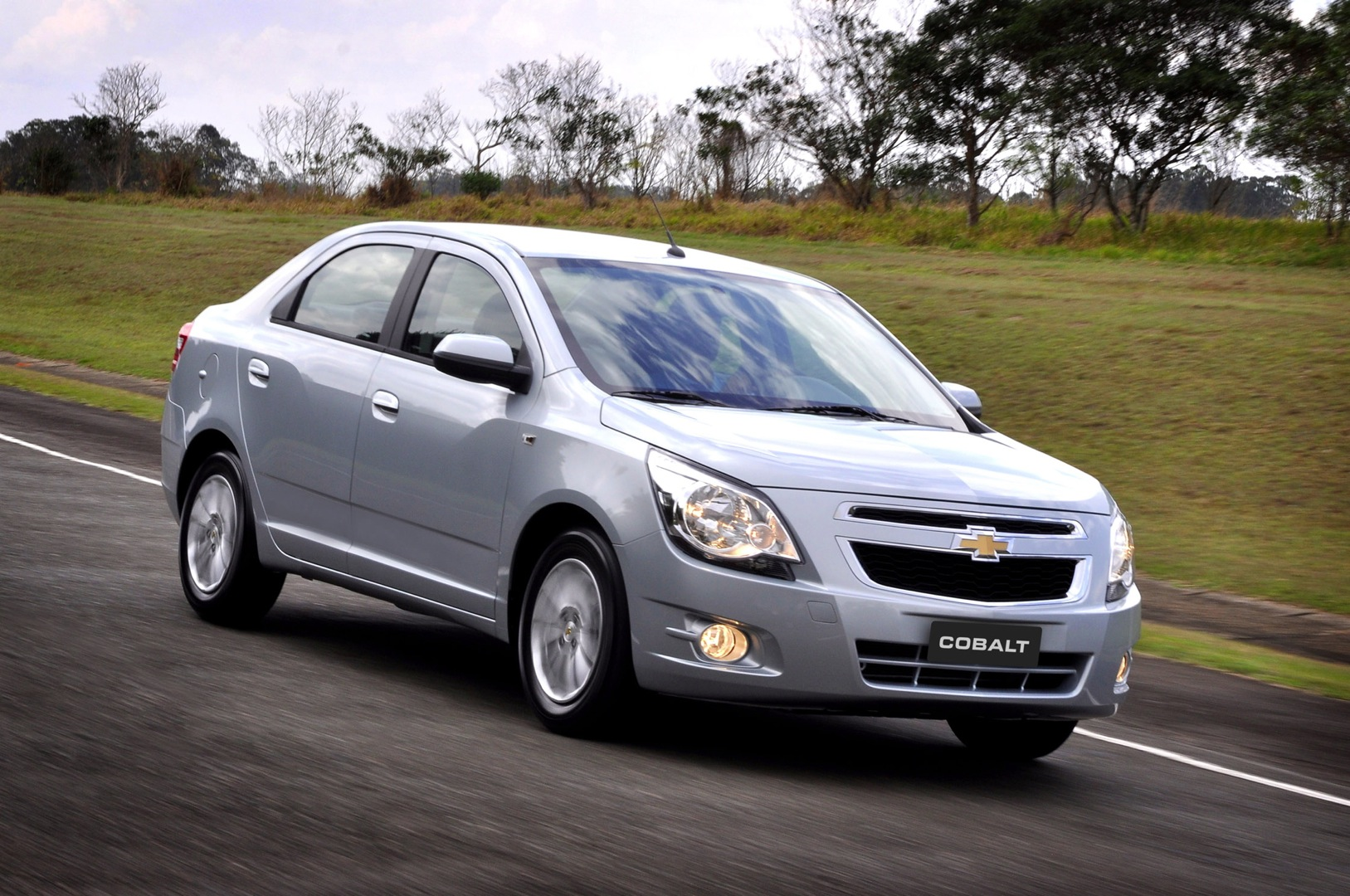 CHEVROLET Cobalt specs & photos - 2011, 2012, 2013, 2014 ...