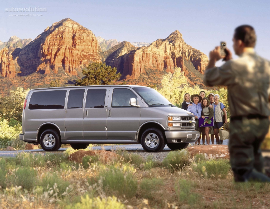 CHEVROLET Express specs & photos - 1995, 1996, 1997, 1998 ...