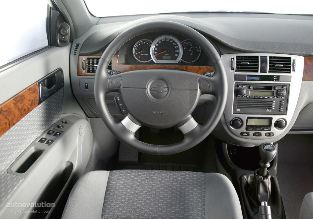Chevrolet nubira lacetti 4 door specs 2004 2005 2006 for Inside 2007 dvd