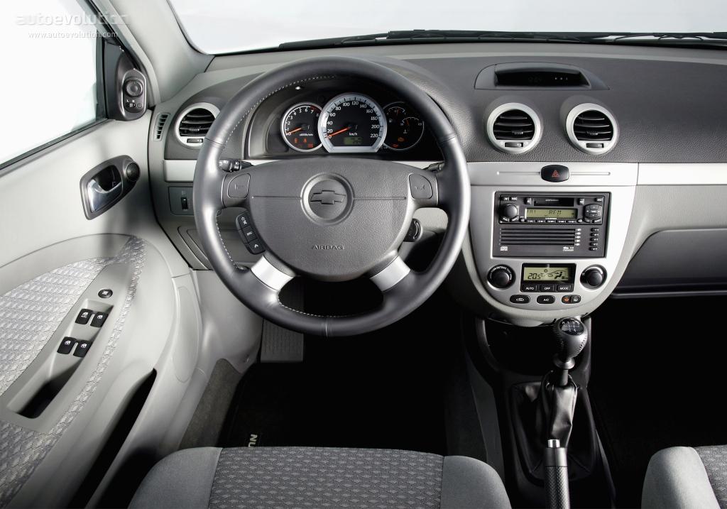 Chevrolet nubira lacetti wagon specs 2004 2005 2006 2007 2008 2009 autoevolution for 2009 chevy aveo interior door handle