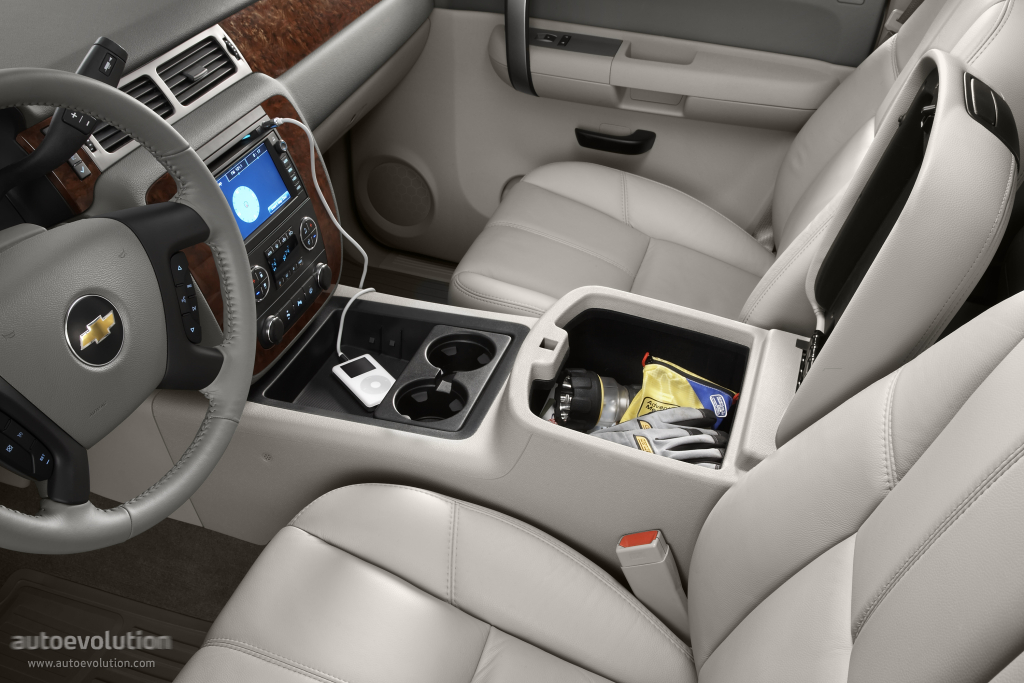 CHEVROLET Silverado 2500HD Crew Cab specs & photos - 2008, 2009, 2010, 2011, 2012, 2013 ...
