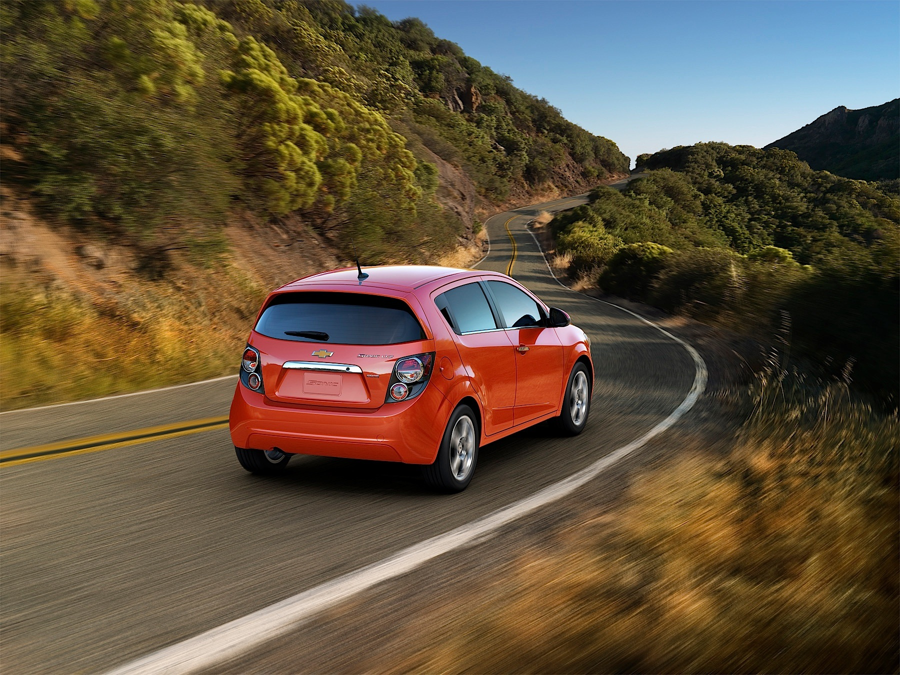 photos coupe chevrolet features reviews interior hatchback lt manual sonic price