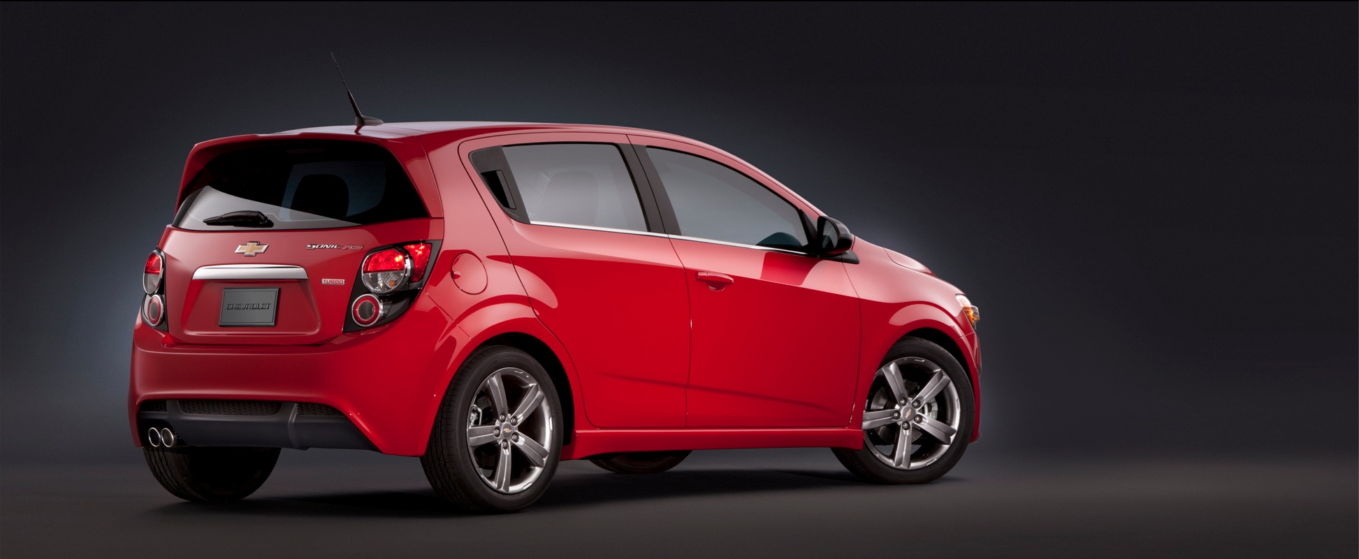 CHEVROLET Sonic RS specs & photos - 2012, 2013, 2014, 2015 ...