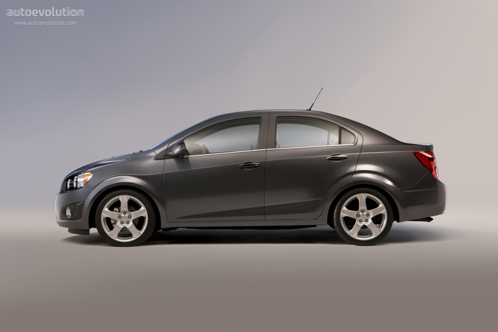Chevrolet Sonic Sedan Specs Photos 2011 2012 2013 2014 2015