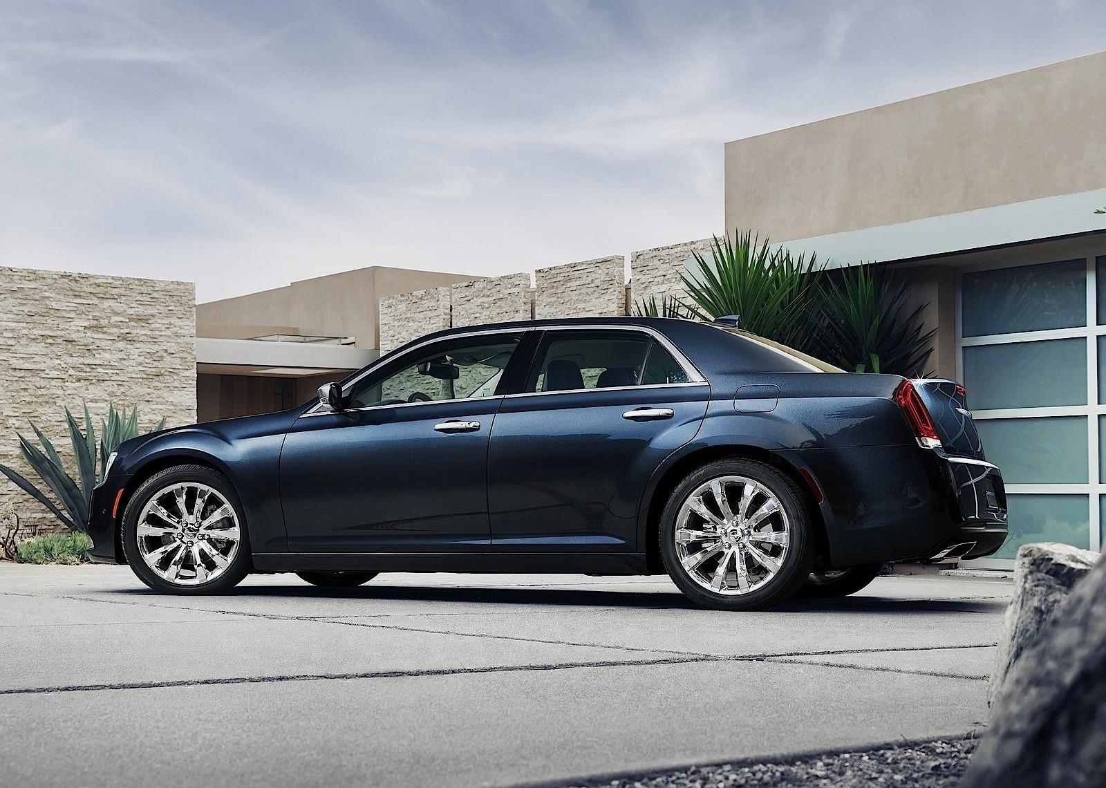 Chrysler 300 Specs Amp Photos 2015 2016 2017 2018