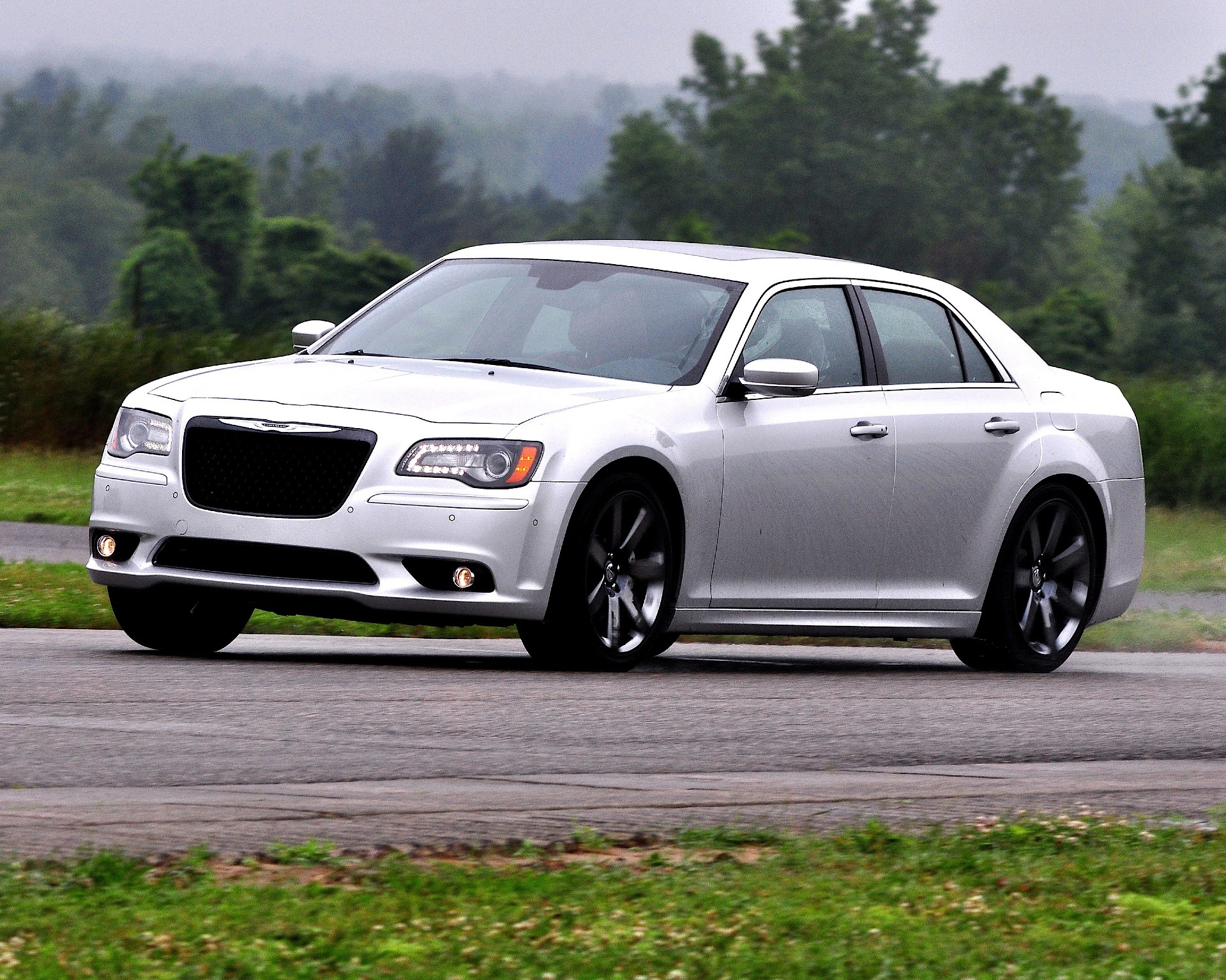 chrysler 300 srt8 2011 present