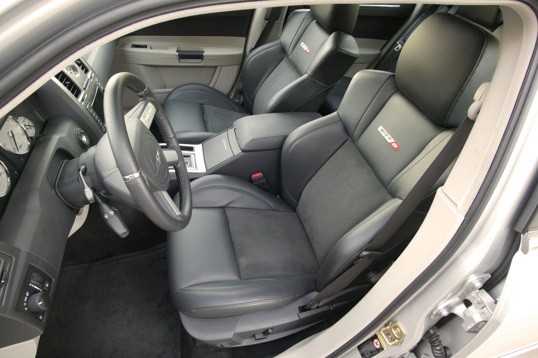 chrysler 300c srt8 specs 2005 2006 2007 2008 2009 2010 autoevolution. Black Bedroom Furniture Sets. Home Design Ideas