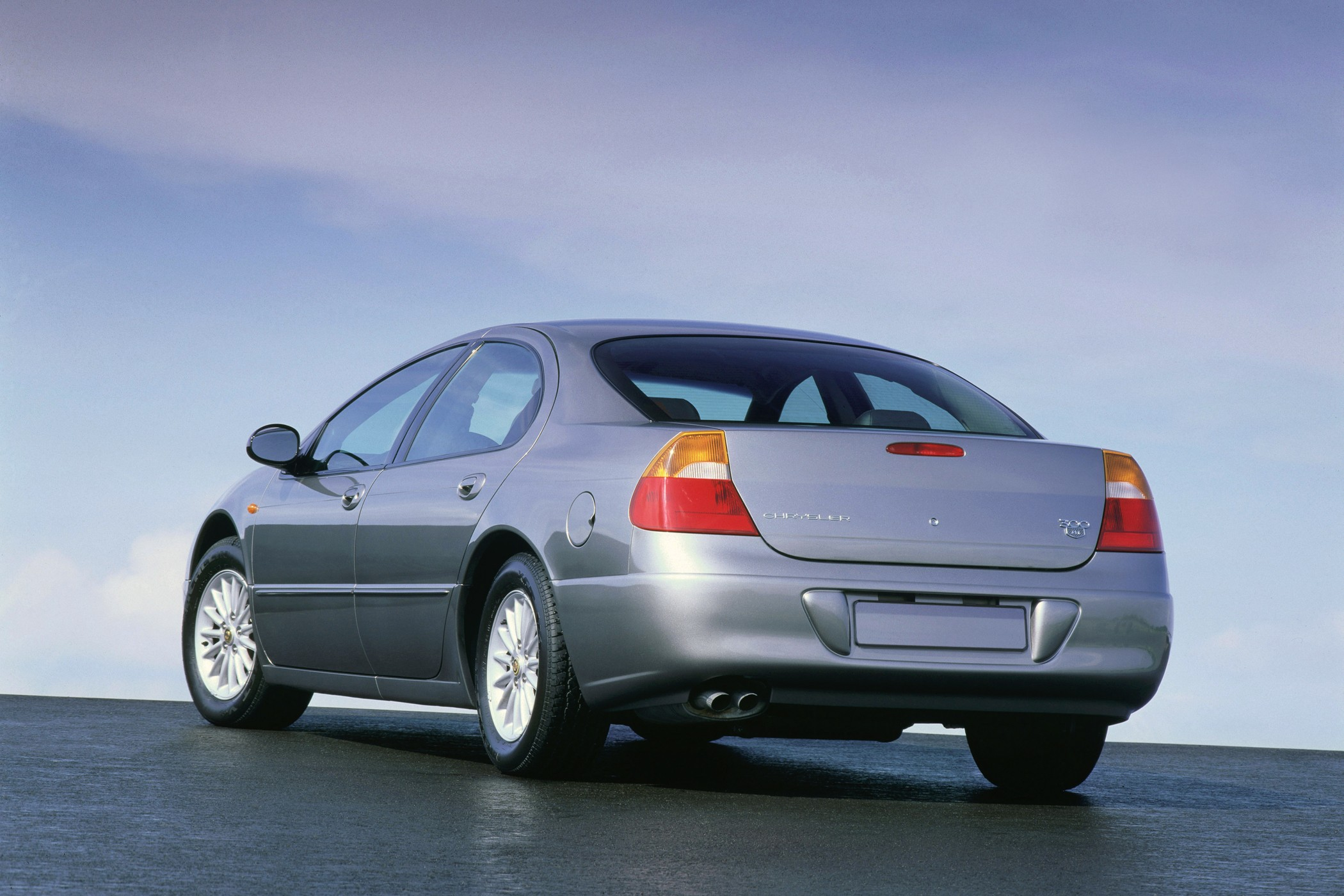 chrysler 300m 2003 1998 2004 cars 2000 autoevolution 1999 2002 2001 specs