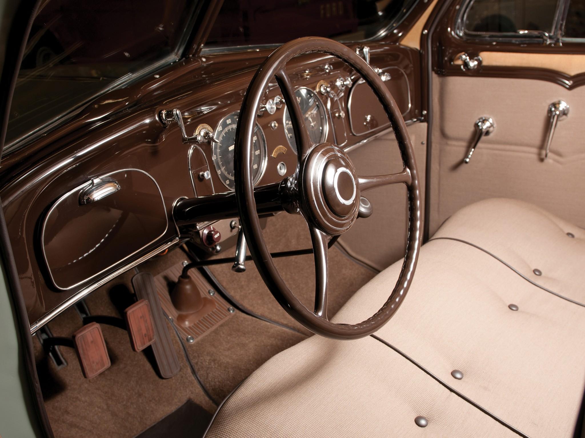 CHRYSLER Airflow specs & photos - 1934, 1935, 1936, 1937