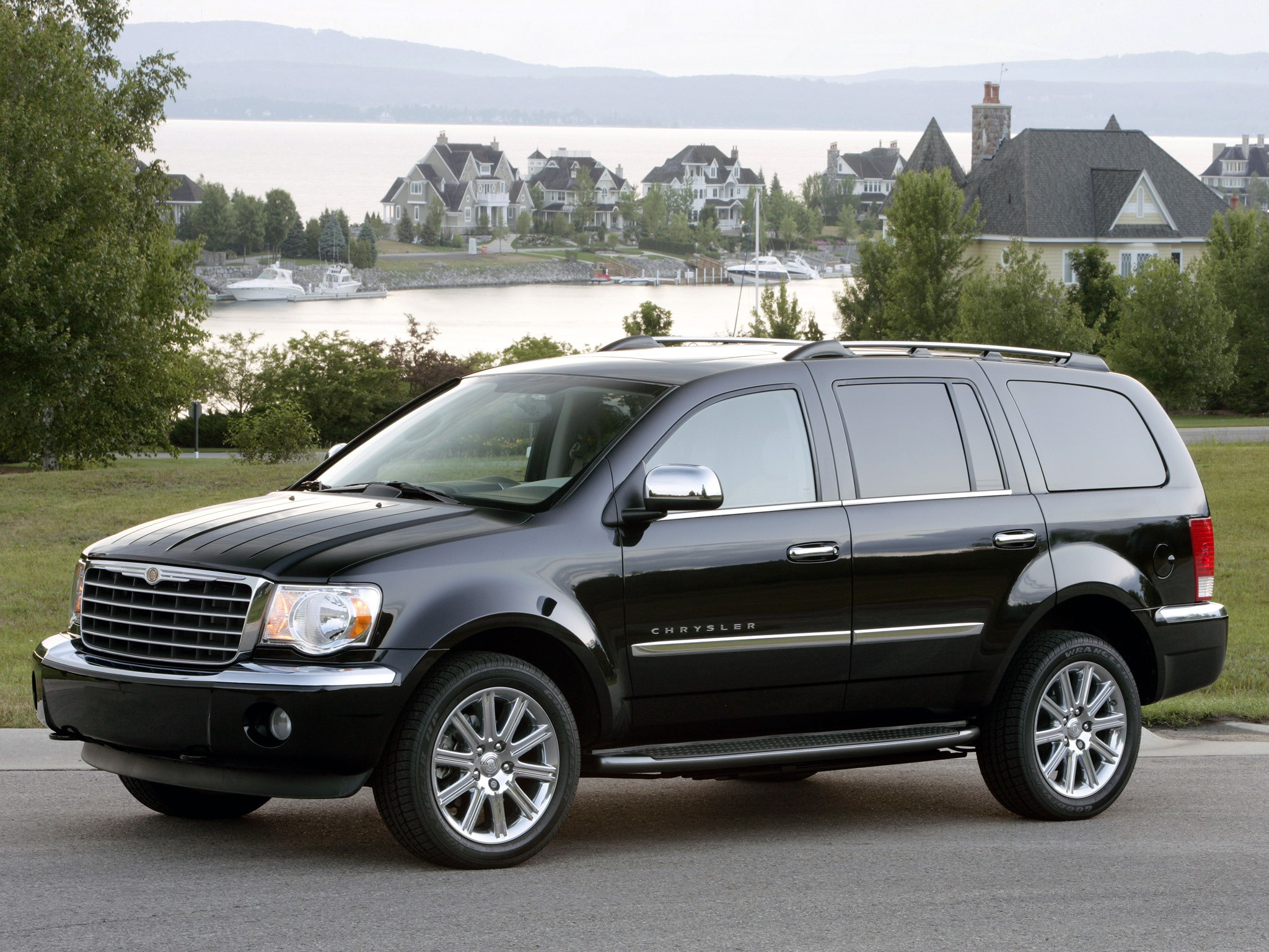 2008 chrysler aspen review ratings specs prices and autos post. Black Bedroom Furniture Sets. Home Design Ideas