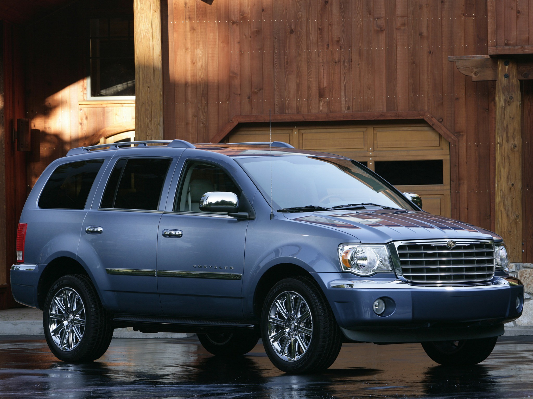 Chrysler Aspen on 2007 Dodge Durango