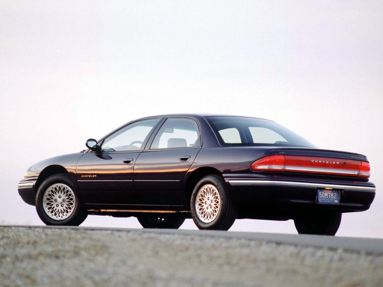 Chrysler Concord: specifications and description of the American executive saloon