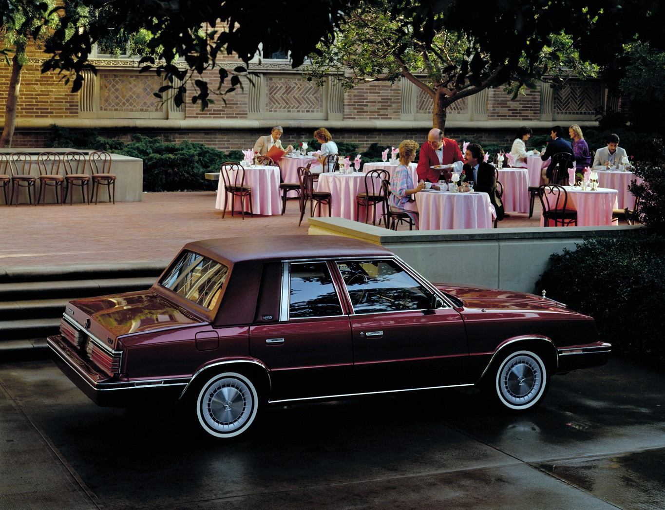 CHRYSLER LeBaron specs & photos - 1982, 1983, 1984, 1985, 1986, 1987, 1988 - autoevolution