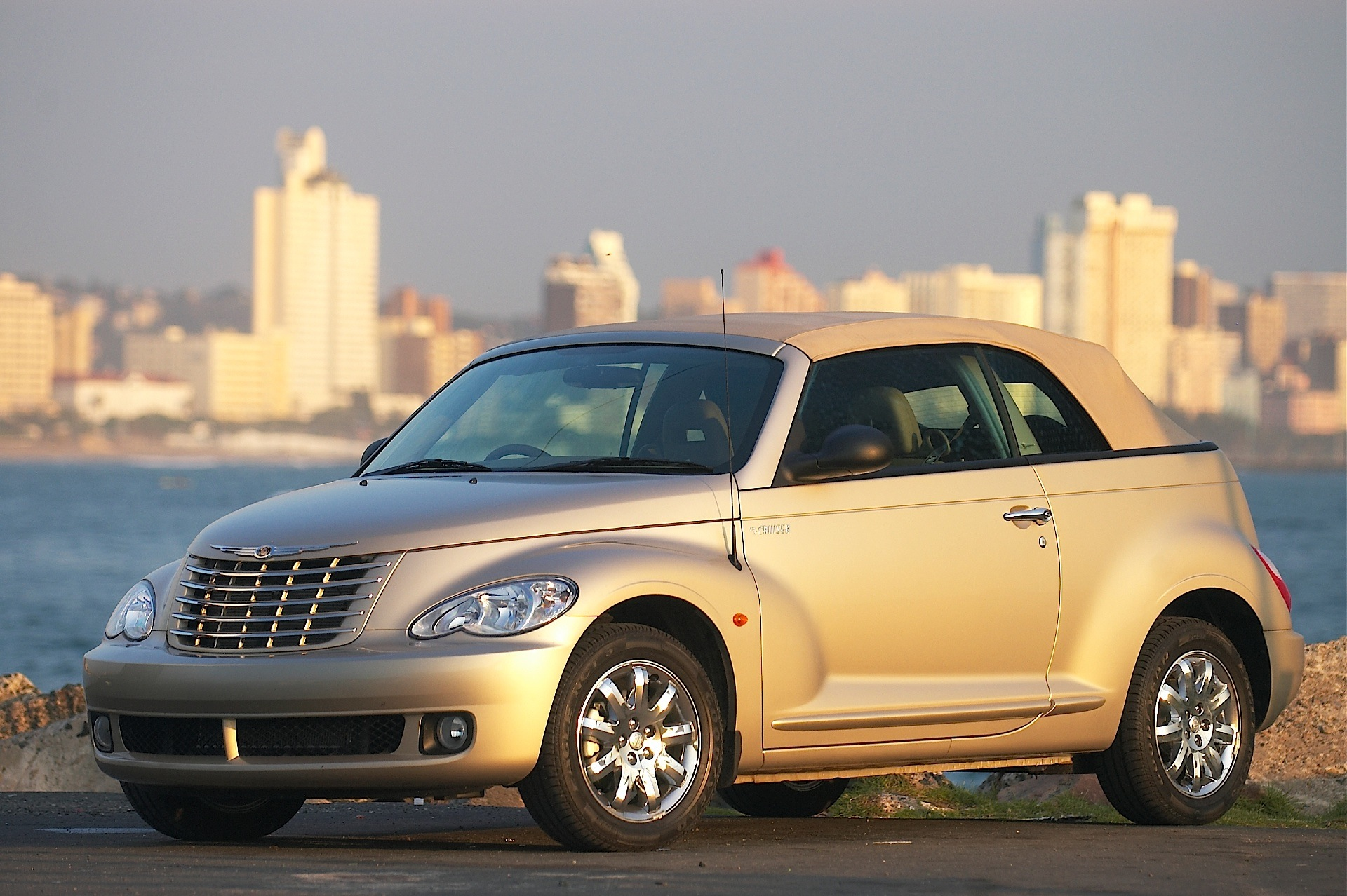 Chrysler Pt Cruiser Convertible