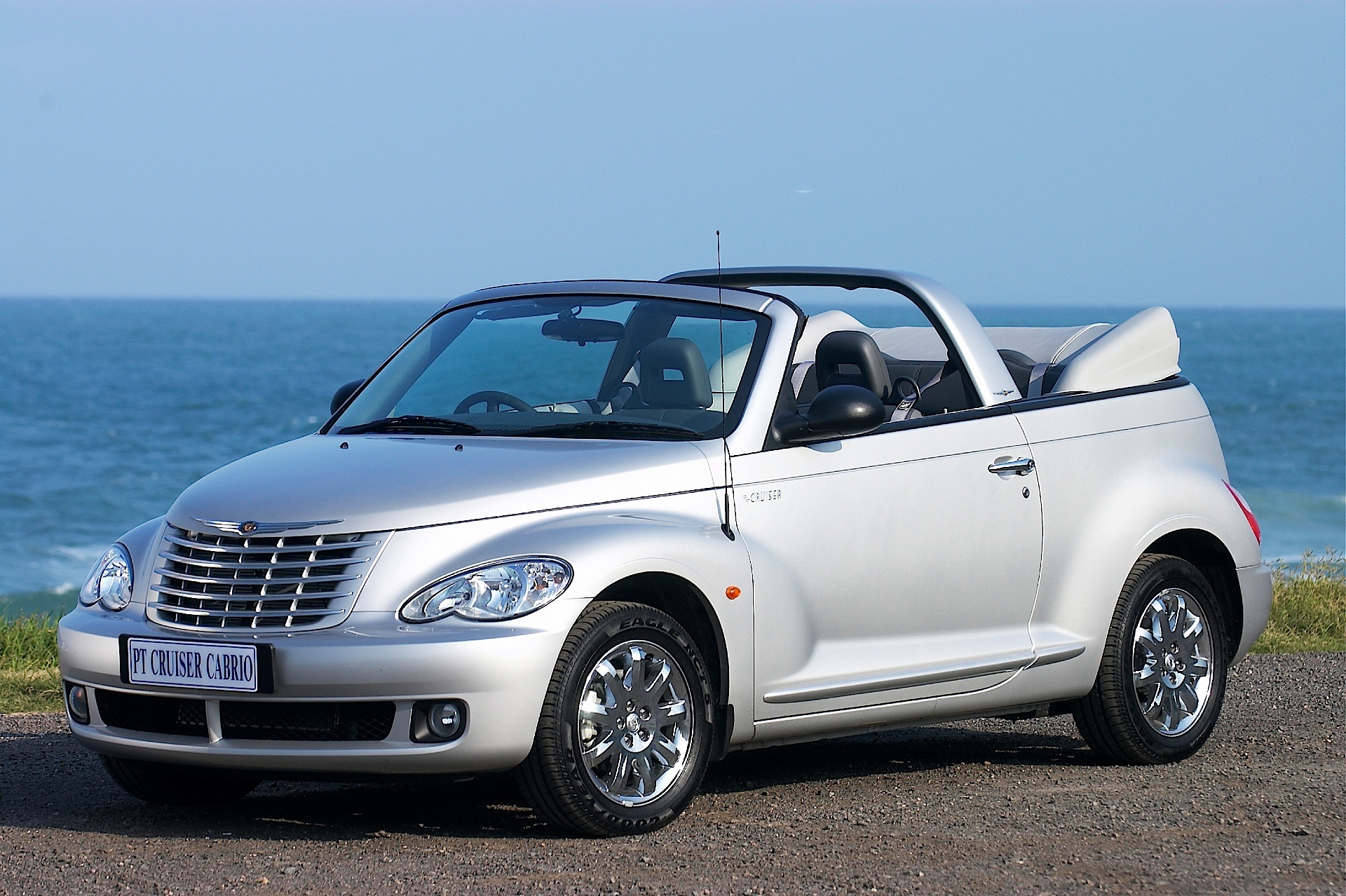 chrysler pt cruiser convertible specs 2006 2007 2008 autoevolution. Black Bedroom Furniture Sets. Home Design Ideas