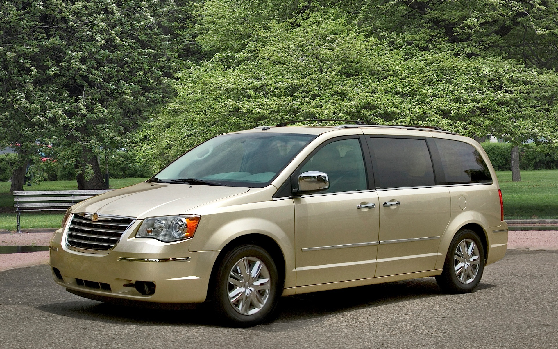 chrysler town country specs photos 2007 2008 2009. Black Bedroom Furniture Sets. Home Design Ideas