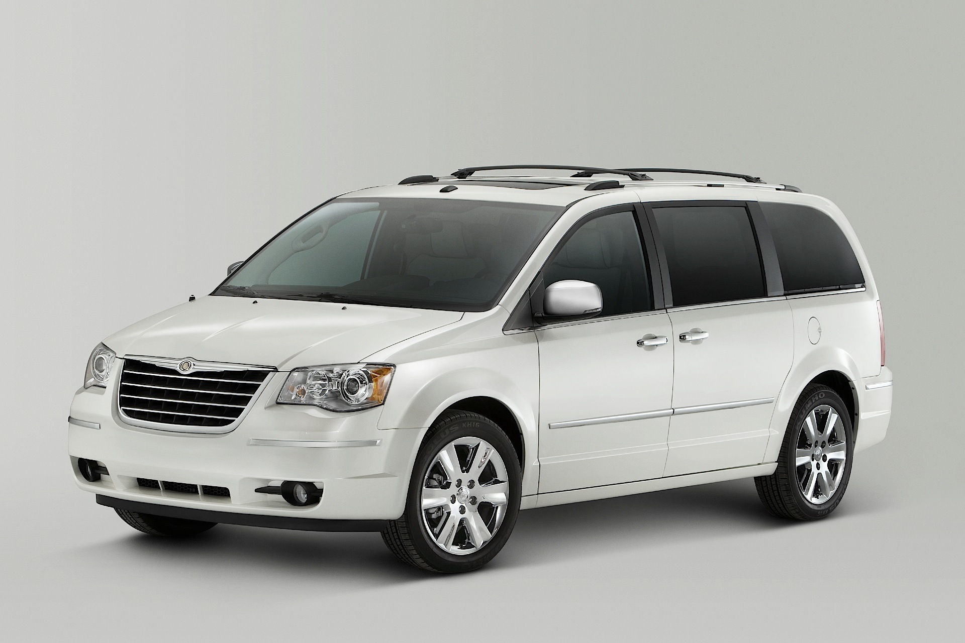 chrysler town country specs 2007 2008 2009 2010 2011 2012. Cars Review. Best American Auto & Cars Review