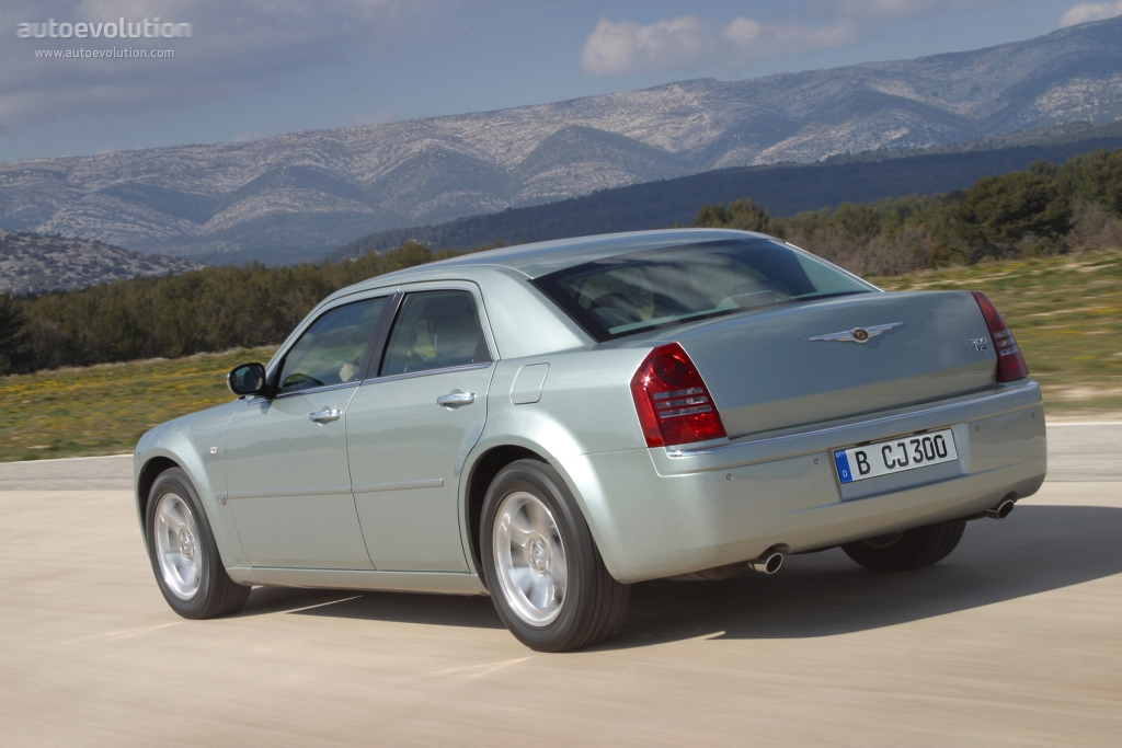 Chrysler 300 2004