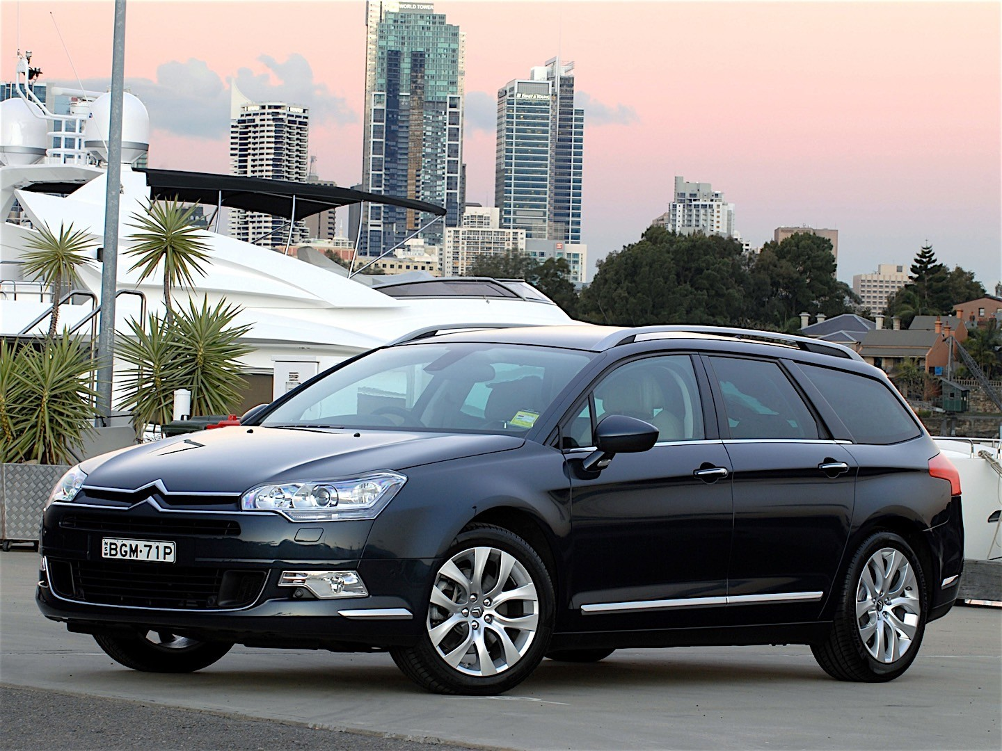 citroen c5 tourer specs 2008 2009 2010 autoevolution. Black Bedroom Furniture Sets. Home Design Ideas
