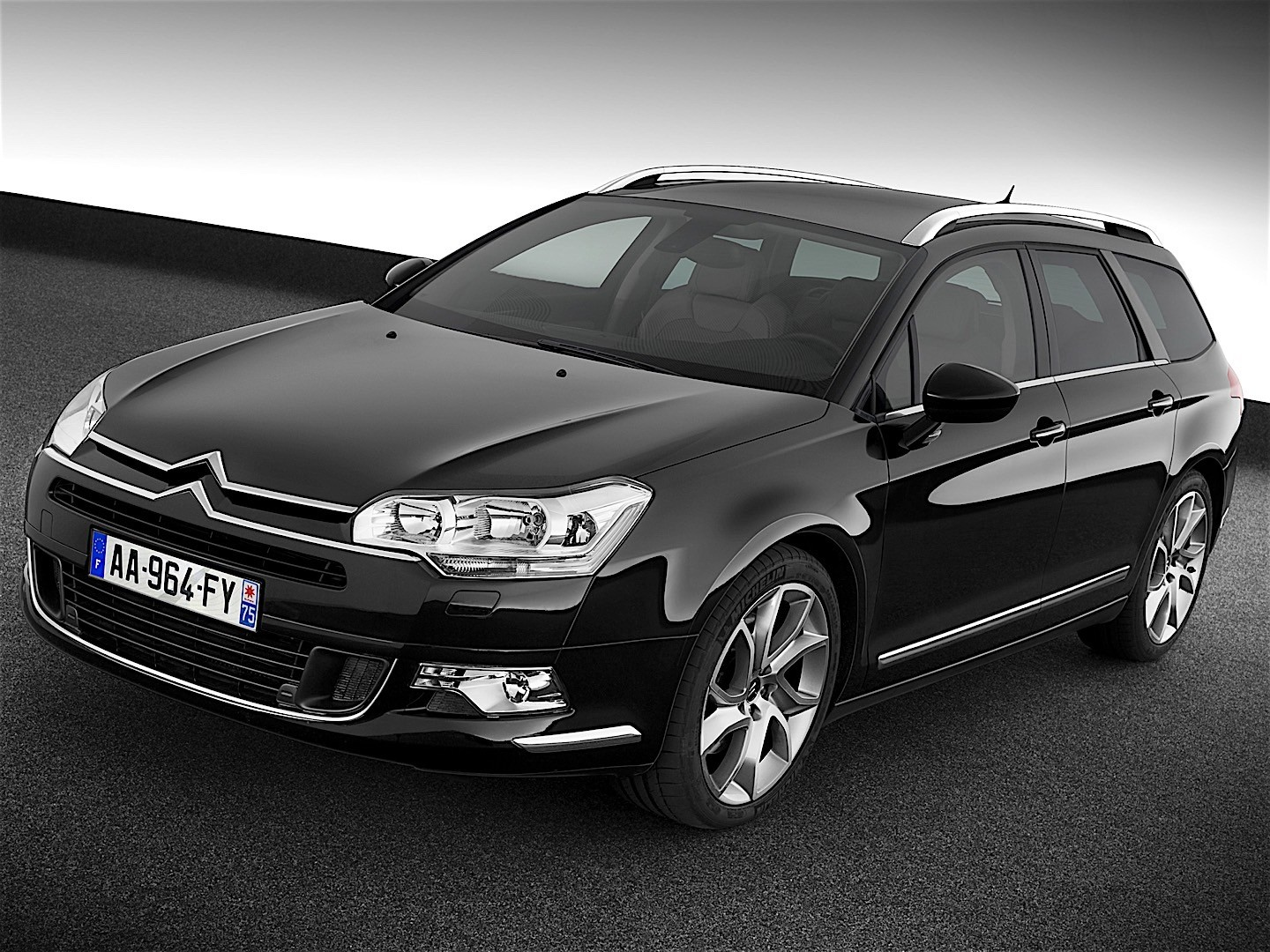 citroen c5 tourer 2008 2009 2010 autoevolution. Black Bedroom Furniture Sets. Home Design Ideas