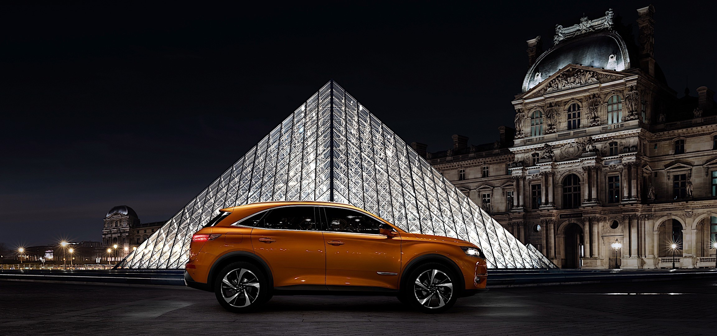 ds automobiles ds7 crossback specs 2017 2018 autoevolution. Black Bedroom Furniture Sets. Home Design Ideas