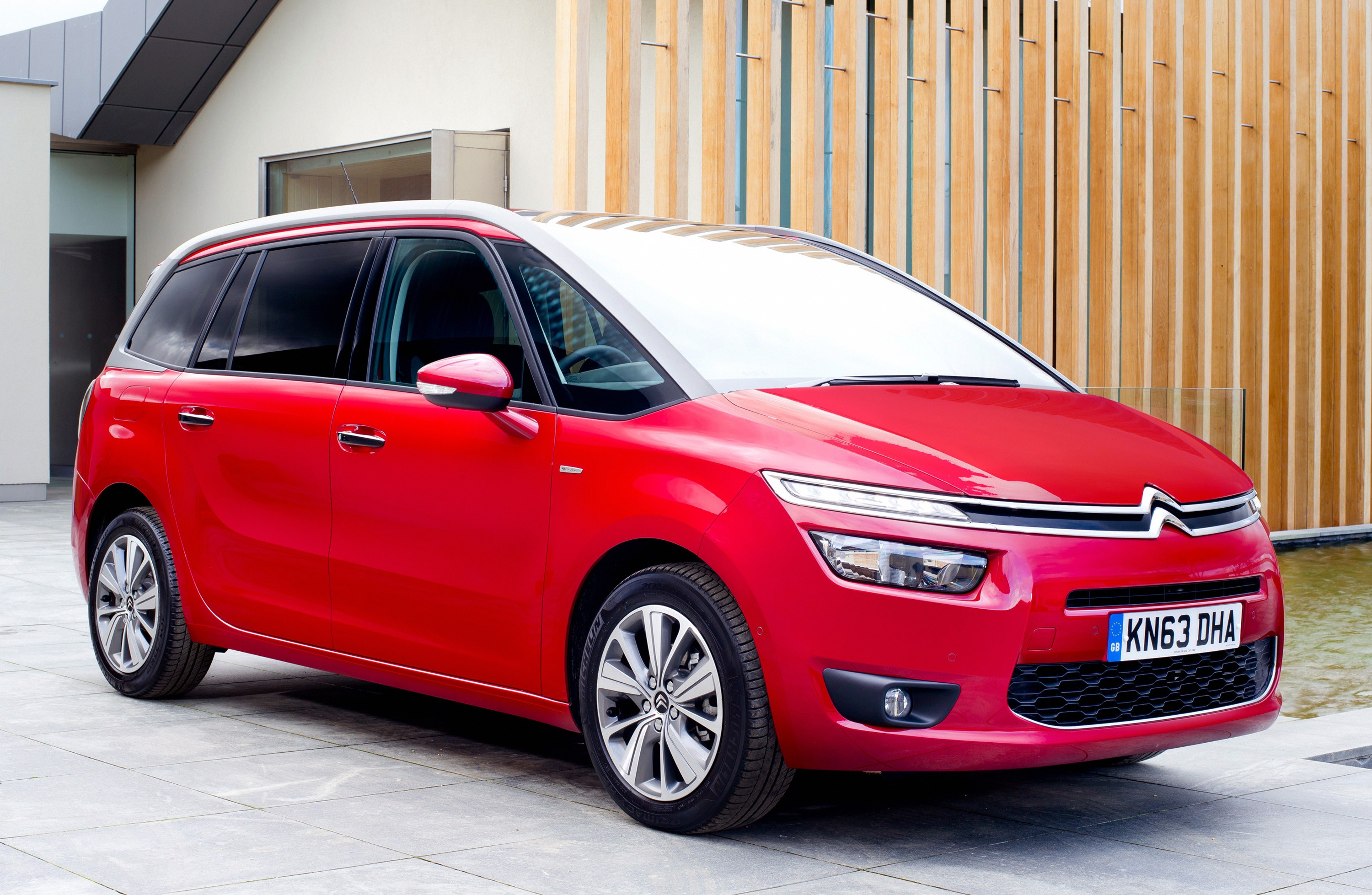 citroen grand c4 picasso specs 2013 2014 2015 2016 autoevolution. Black Bedroom Furniture Sets. Home Design Ideas