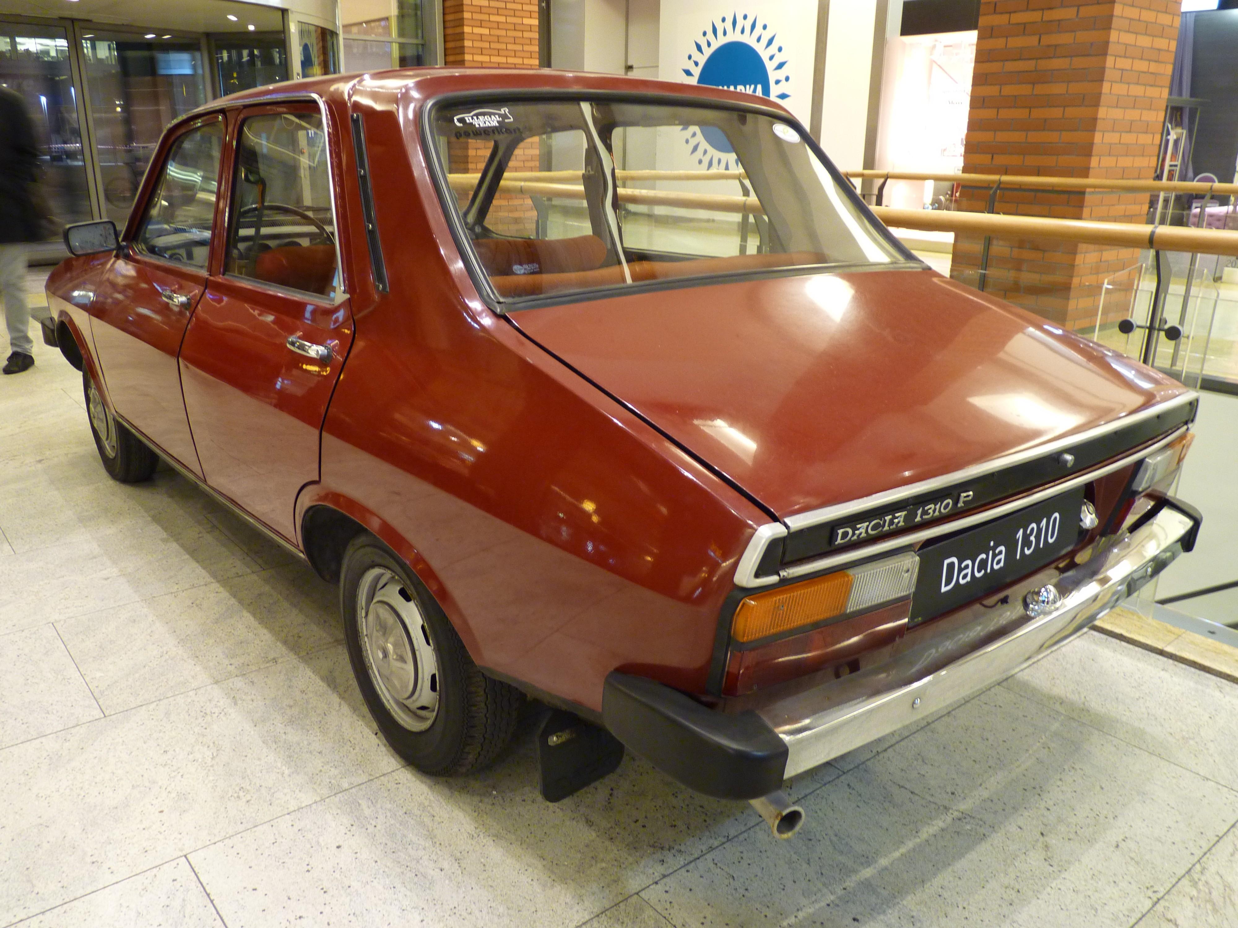 1000  ideas about Renault 4 L on Pinterest | Renault 4, Voitures ...