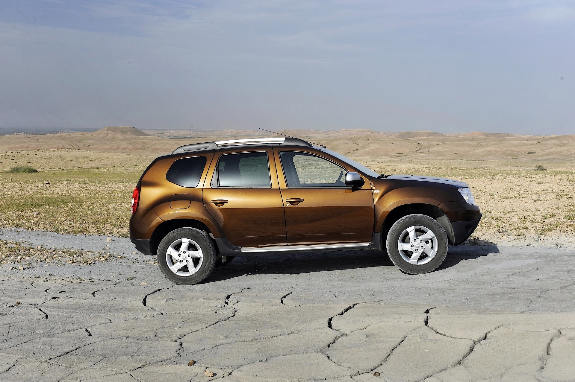 pin dacia duster logo hd car wallpapers on pinterest. Black Bedroom Furniture Sets. Home Design Ideas