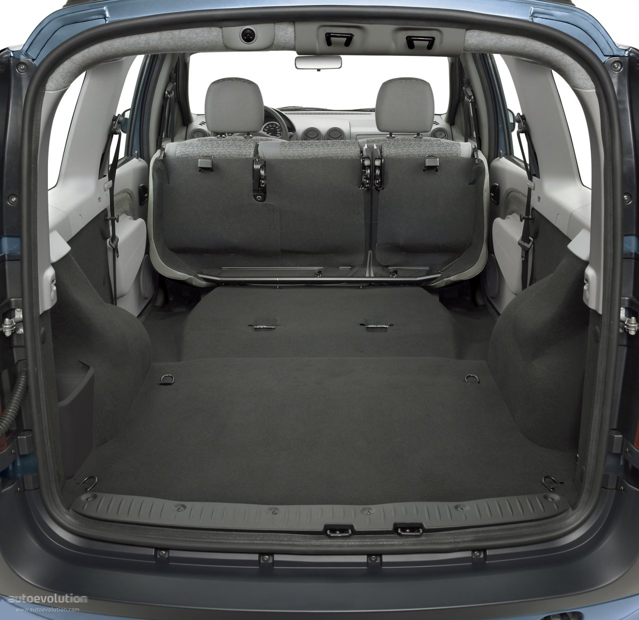 dacia logan mcv specs 2006 2007 2008 autoevolution. Black Bedroom Furniture Sets. Home Design Ideas